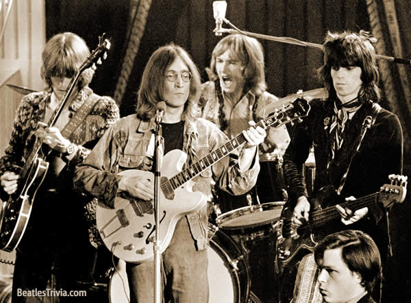 john-lennon-clapton-mitchell-richards-dirty-mac.jpg